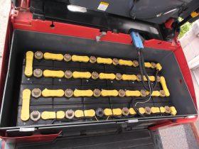 ニチユ NCHIYU 中古フォークリフト forklift バッテリー3輪タイプカウンター 3Mマスト サイドシフト