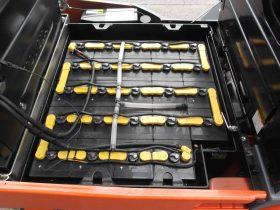 トヨタ Toyota 中古フォークリフト forklift バッテリーカウンター 2016年式 3Mマスト
