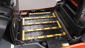 トヨタ TOYOTA 中古フォークリフト forklift バッテリー 2015年式 3Mマスト