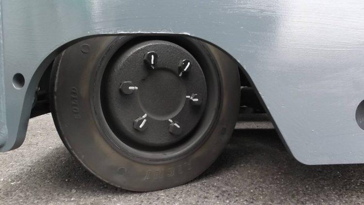 トヨタ Toyota 中古フォークリフト forklift バッテリーリーチ 2015年式 4Mハイマスト